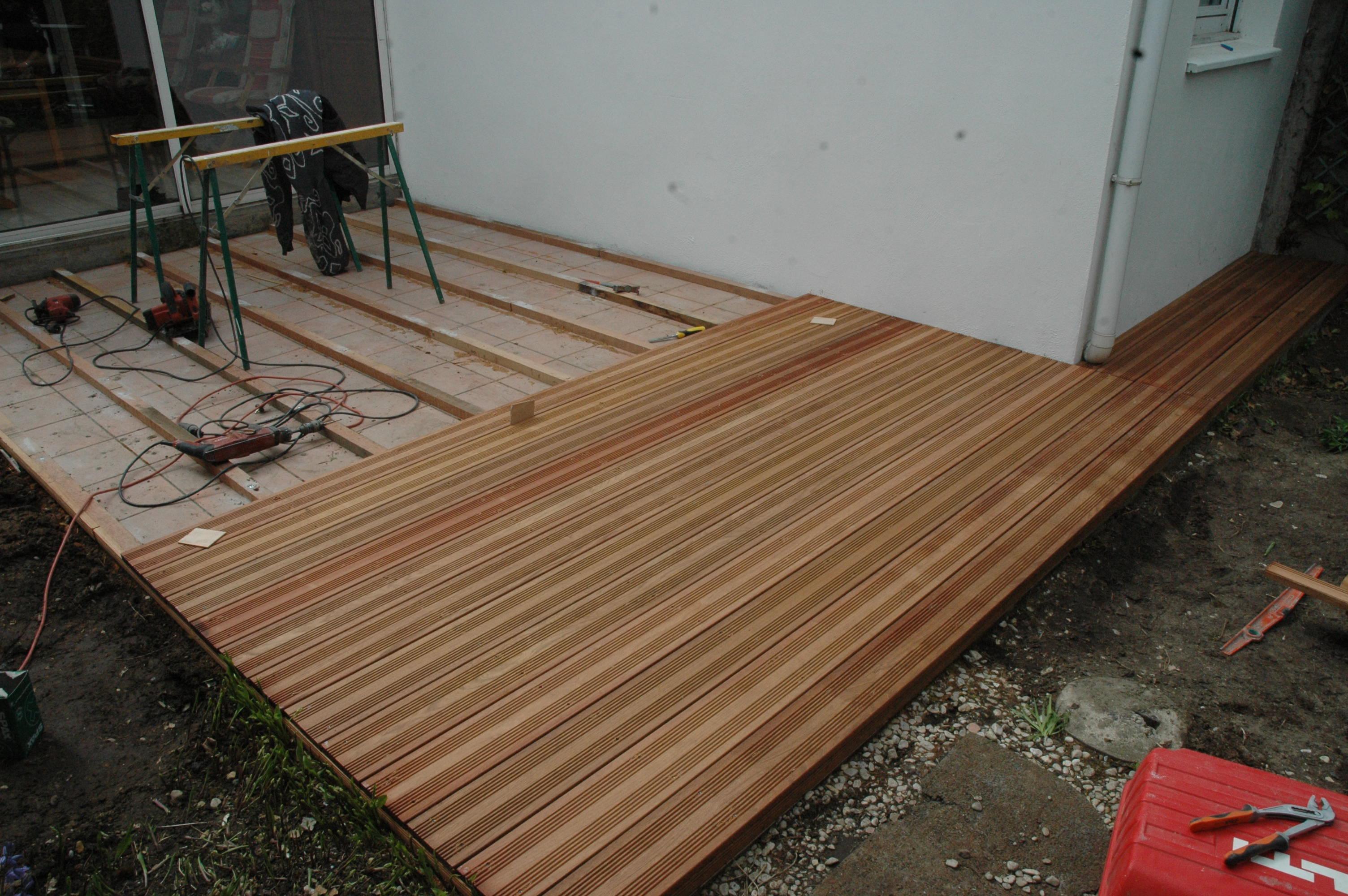 Terrasse bois Jatoba  en cours de construction